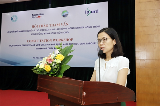 Ms. Tran Thi Thanh Nhan - Deputy Head of the Department of Market Research and Commodity Development (Ipsard) speaks at the seminar